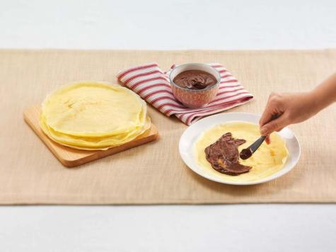 Crepes with Nutella® and fruit - STEP 2